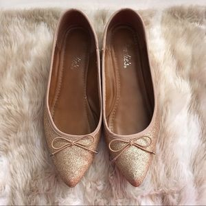 Candie's Gold Sparkly Skimmers